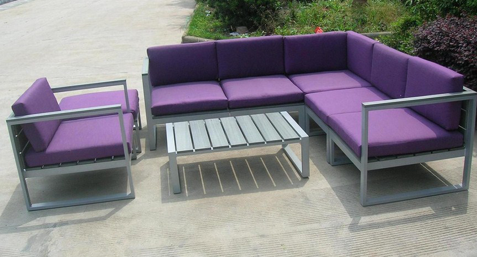 Inspirational-Purple-Patio-Furniture-74-In-Home-Decoration-Ideas-with-Purple-Patio-Furniture.jpg.png