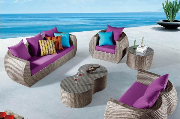 garden-ideas-outdoor-furniture-purple-pads.jpg
