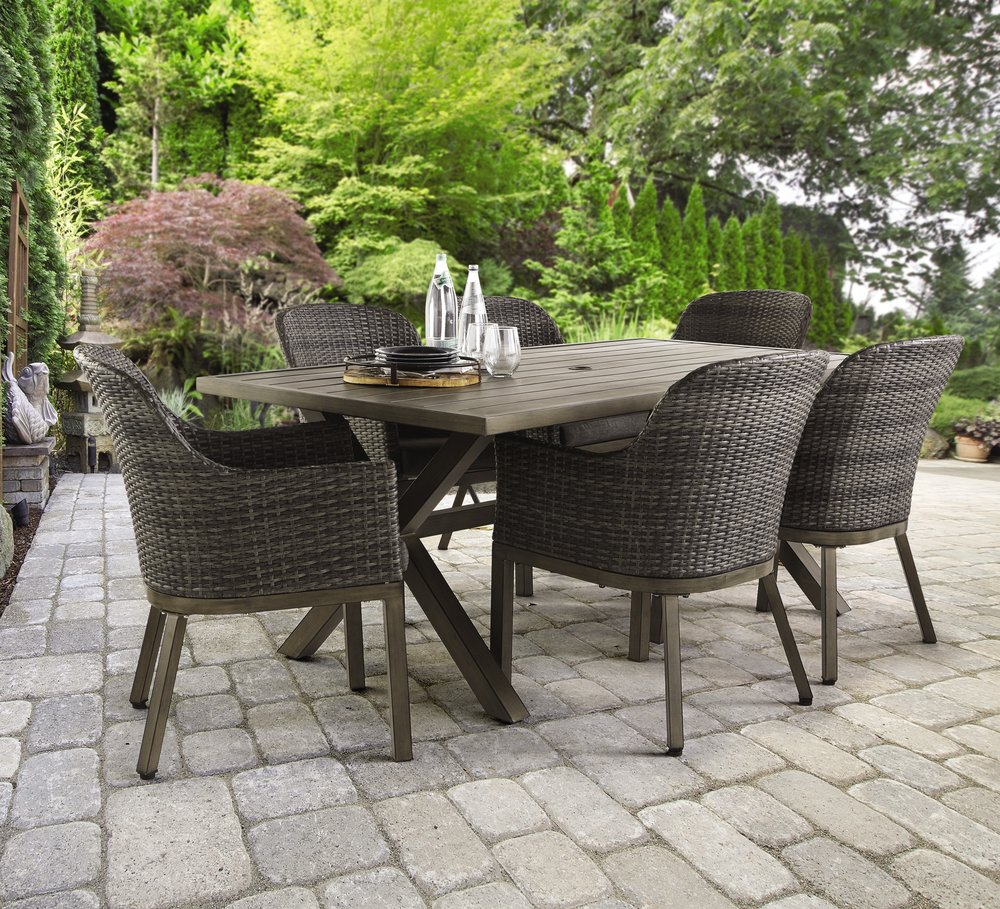 Crown View 7 pc Dining Set.jpg