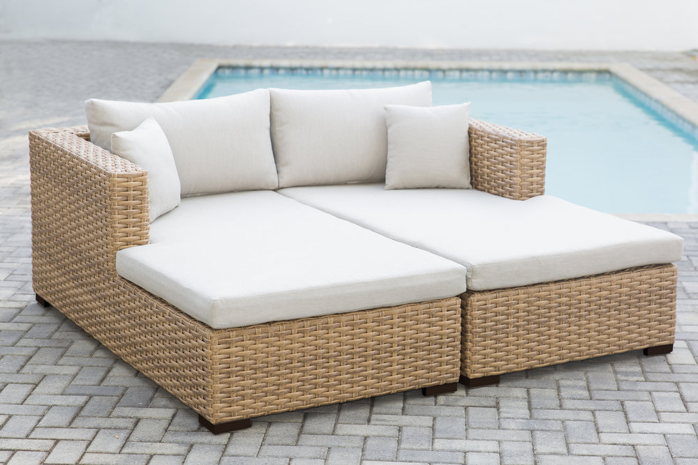 Cabana Double Daybed (1).jpg