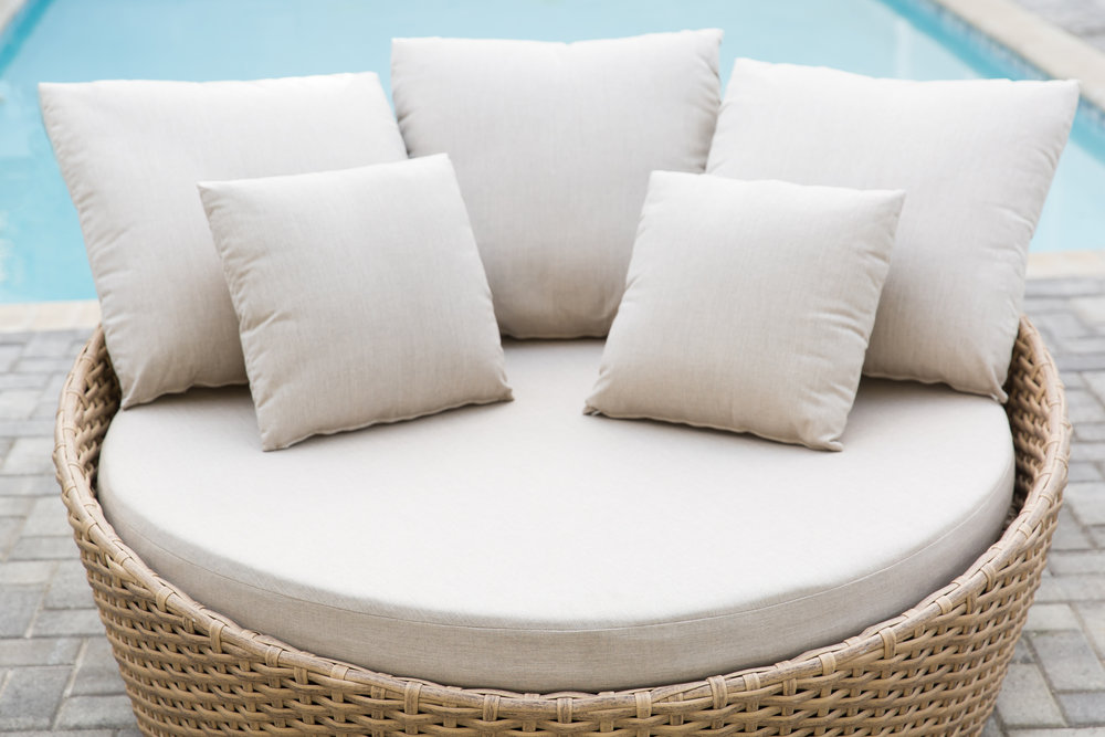 Cabana Round Daybed  Close Up.jpg