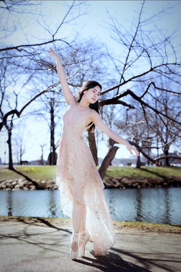 Siwen Jiang
