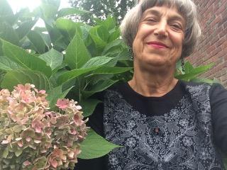 Cathie Desjordens   Poet