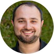 Daniel Schwartz    Lead User Experience            Designer, 6sense