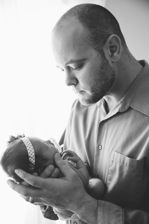 Lyla Newborn-102.JPG