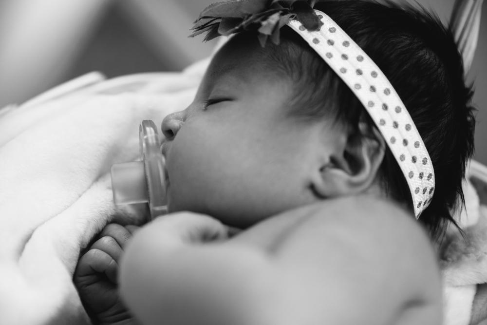 Lyla Newborn 2-8.JPG