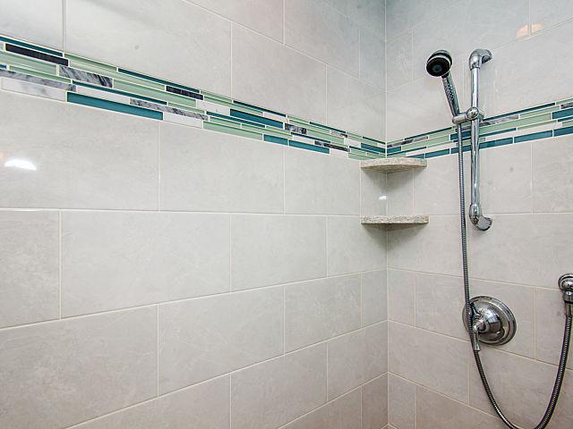 1bathroom3.jpg
