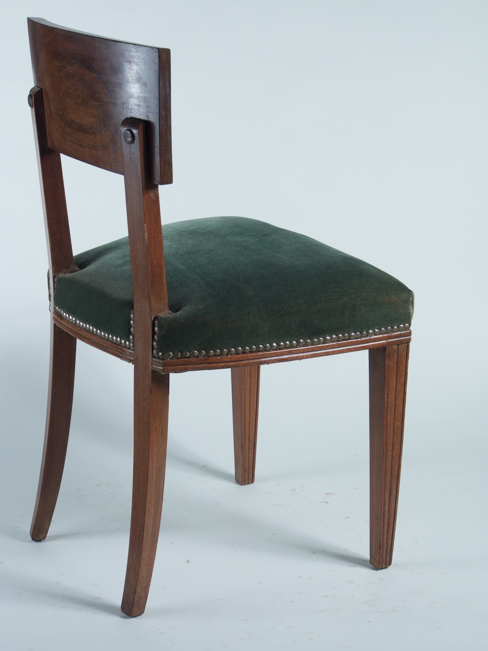 DIM Six Dining And One Arm Chair 071415 1356