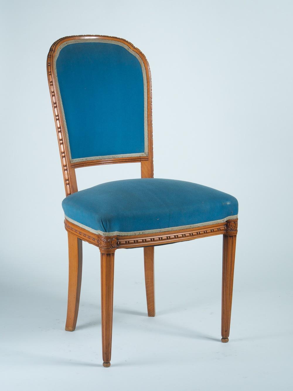 PaulFollot+single+chair+1172.jpg
