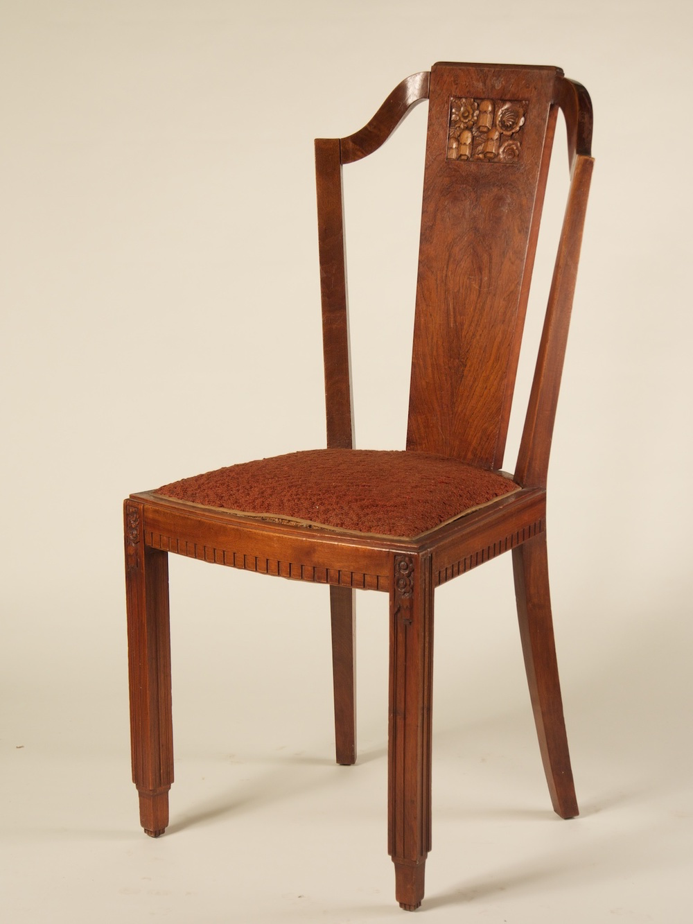 Single+side+chair+w-sculpted+back+1242.jpg