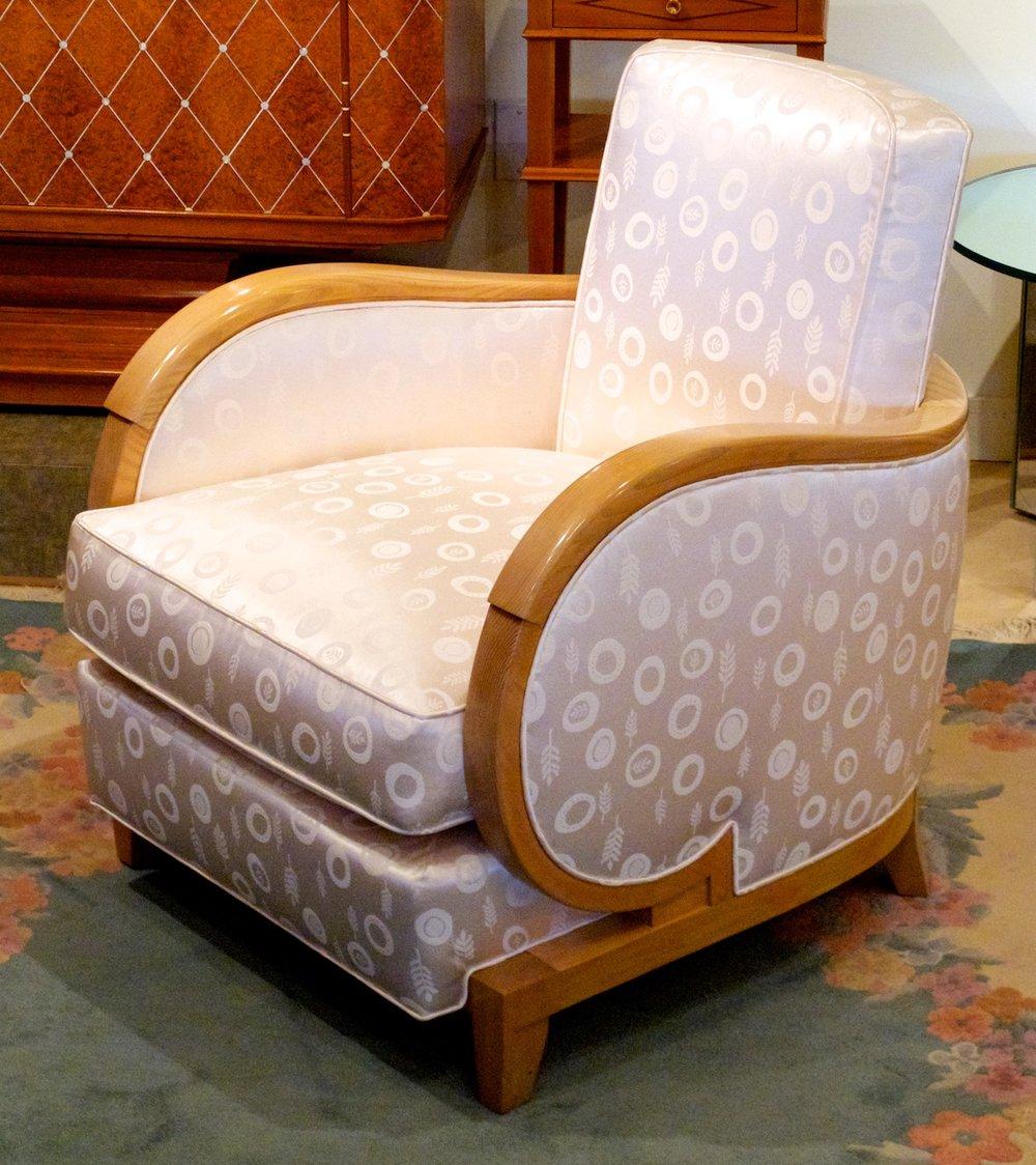 Prou+club+chair+in+ash+in+gallery+524.jpg