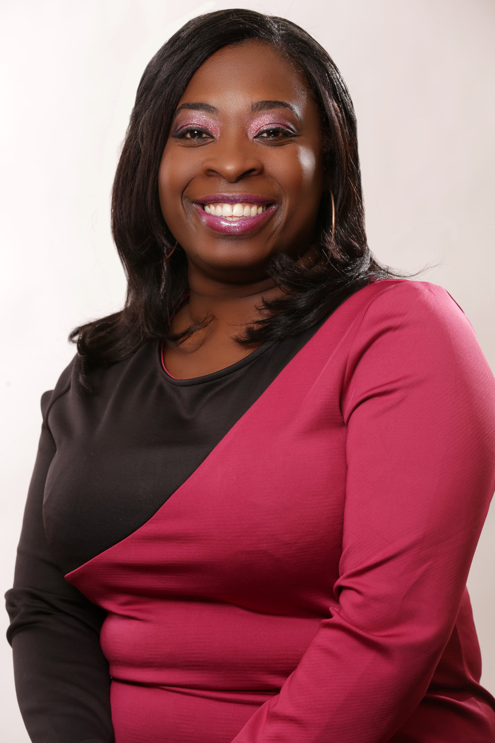 Nukhet Hendricks, Women's Leadership Coach, She Leads Fearlessly