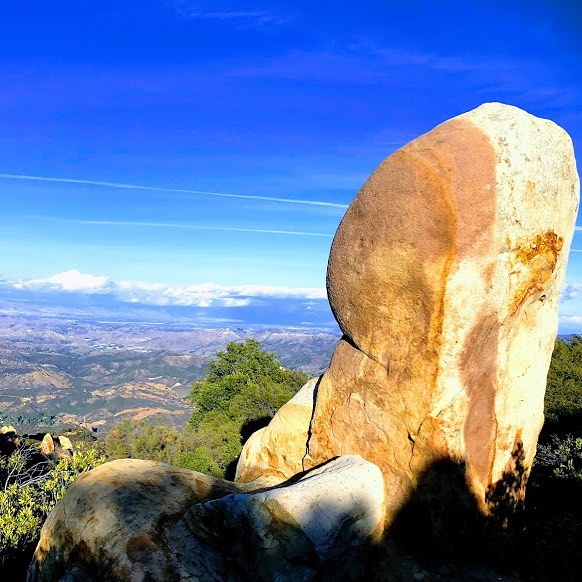 I'm missing hiking. My last hike was in #corralcanyon in #malibu, with this incredible stone chair as the pinnacle backdrop to the SF Valley below. My knee needs more time for the #stemcelltherapy to take hold before I can hike. Patience and impatience mingle inside me. 🧘♂️ Yup, gotta meditate, do yoga and def gonna enjoy my ballet stretches on this rainy LA day. But first, I'm determined to brainstorm and create, new ideas, new content. Gotta Light my own fire if I'm ever gonna Light anyone else's. 🕯  Happy Saturday, y'all. 🥃 Is it a glass full or glass empty kinda day for you?