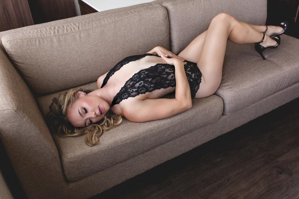 MMP2018-fullerton-boudoir-photographer.jpg