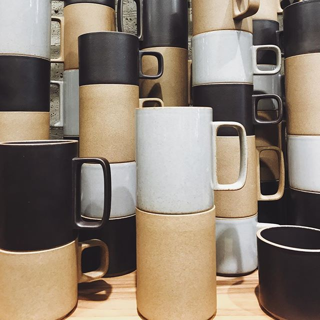 Mugs made for stacking! #hasami #litchfield #minimalism #interiordecorating