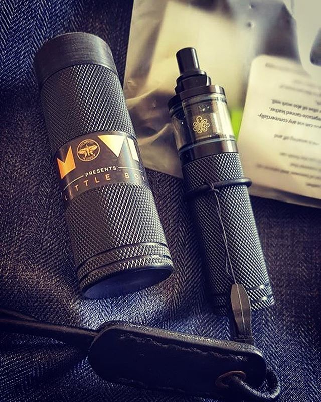 It's an honor for @ministryofvapeindonesia and us having our customers being pleased and comfortably appreciating MMK Little Boy Thanks for your support 🙏 . 📸: Indra Chow ______________________________ #podkiller #vapewerkstatt #vape #vapers #vapelife #vapergram #vapestagram #vapedaily #vapefam #vapegram #vapefriends