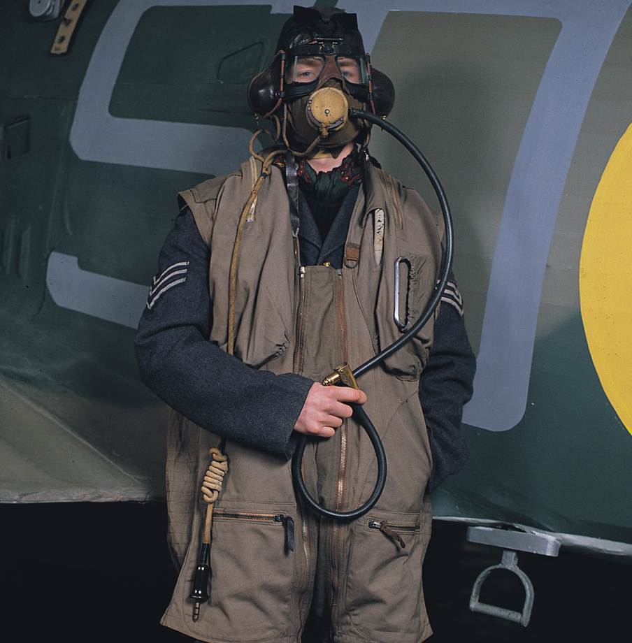 RAF Air Gunner 72 dpi 910 px square copy.jpg