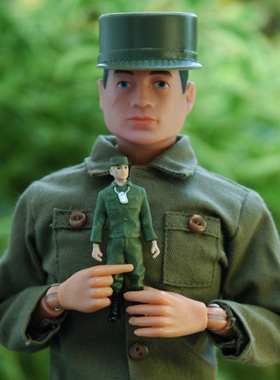 Action Soldier + Takara 35th GI JOE 100dpi 280 width crop copy.jpg