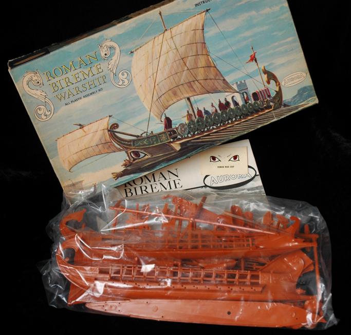 Aurora Roman Bireme 1967 100 dpi cropped copy_0448 copy.jpg