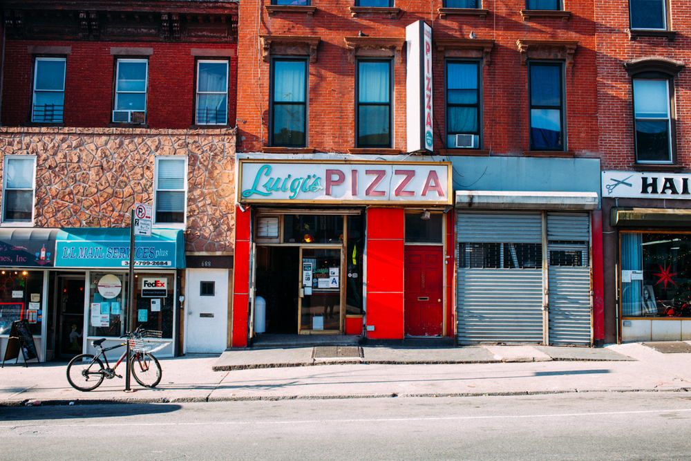 the-new-york-pizza-project-luigis-pizza-park-slope-exterior