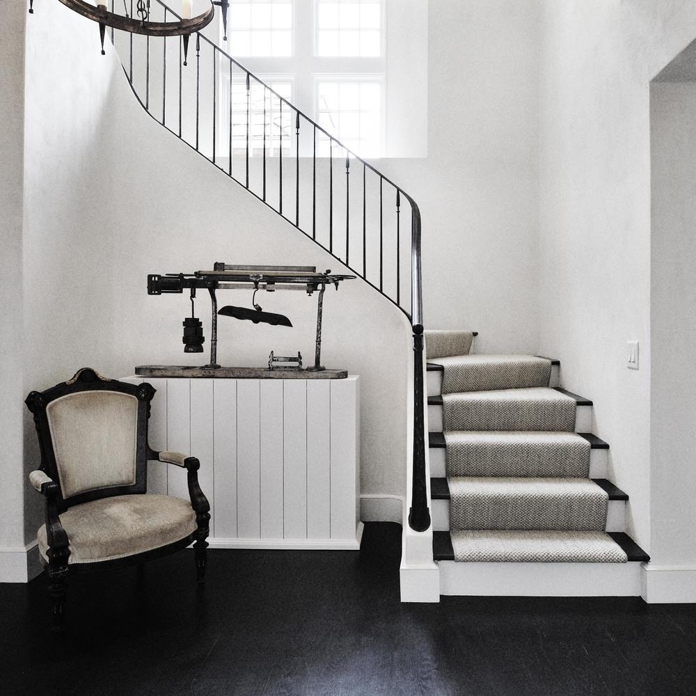 derazi-homes-stairs.jpg