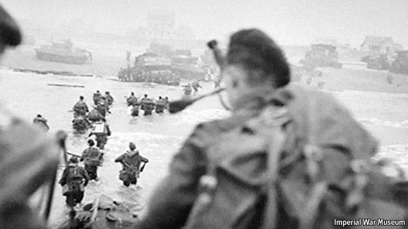 Millin (foreground right) landing on D-Day