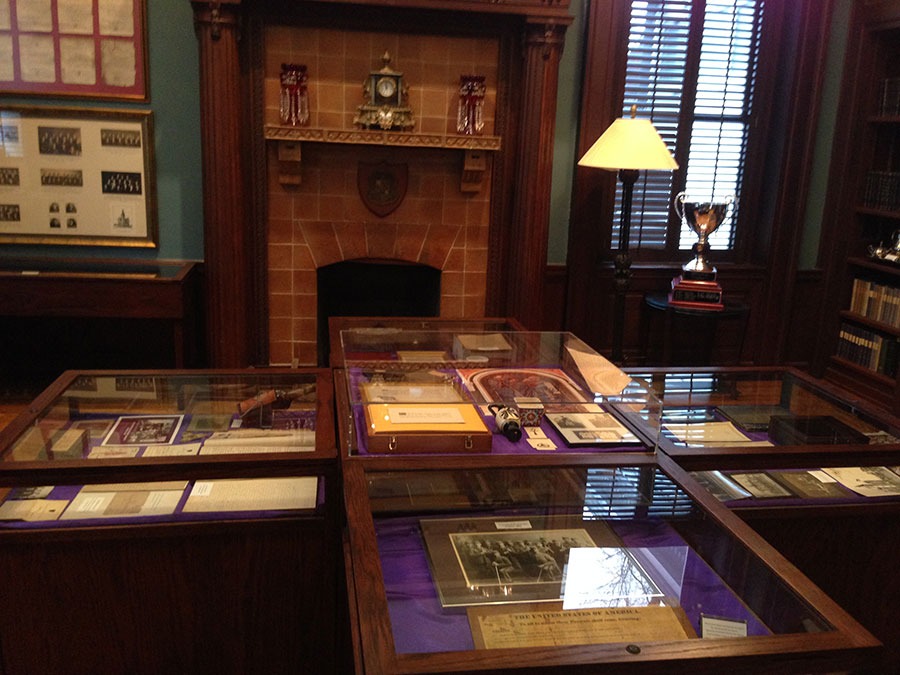 Custom Museum Cabinets Built in Tennessee