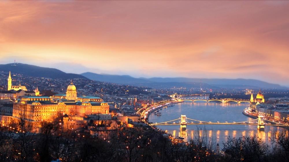 SetWidth1700-Budapest-Hotel-Offers.jpg