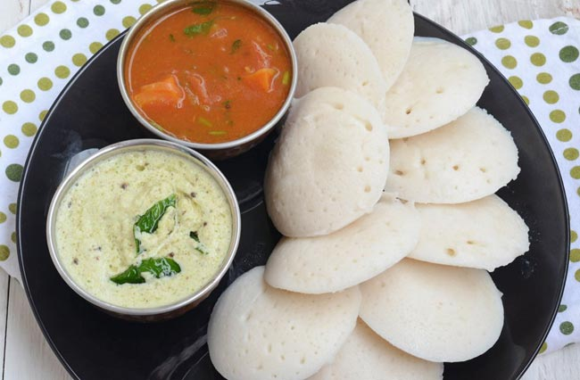 Idlis, smooshy rice cakes, sambar, fiery curry, and cococnut chutney. Very typical South Indian fare that Doas Delight does very well. Google Images.