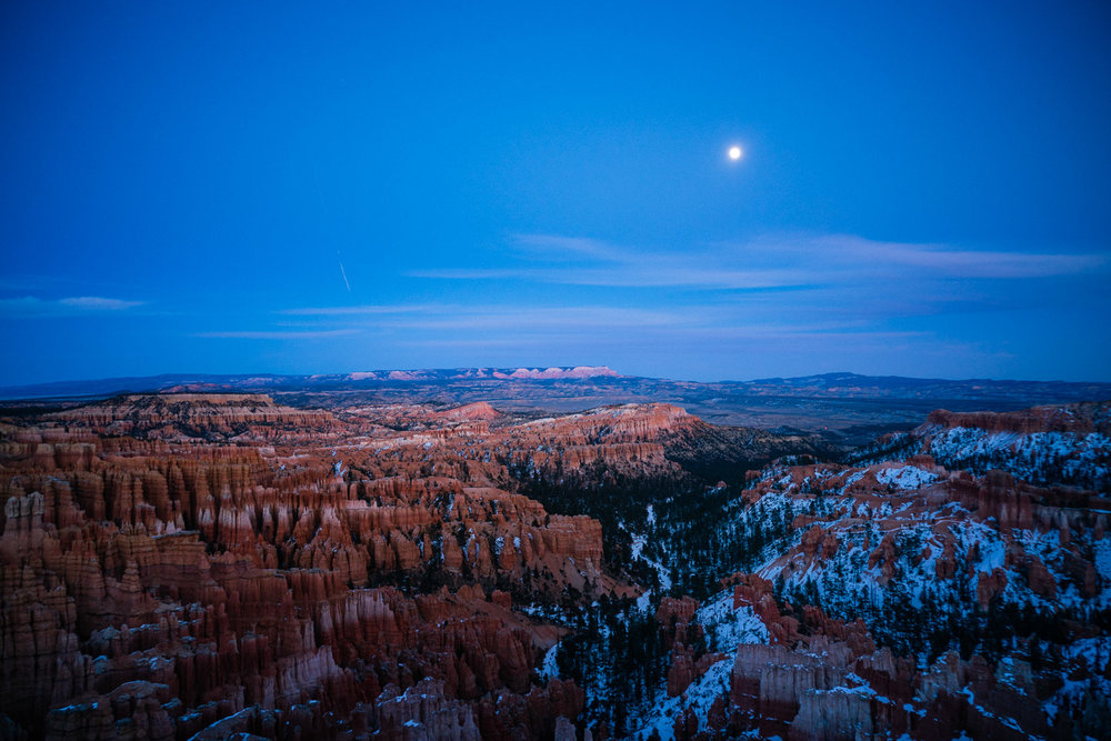 Moonrise over the Bryce Amphitheater. It was bloody freezing!