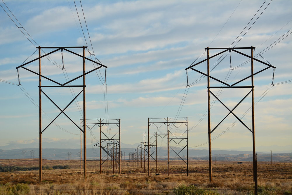 Photo 3 Electric_lines_Navajo_reservation_NM._Photo_by_Lisa_D._Olken.jpg
