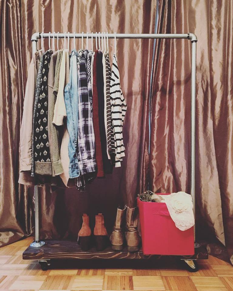 DIY Industrial-style clothing rack