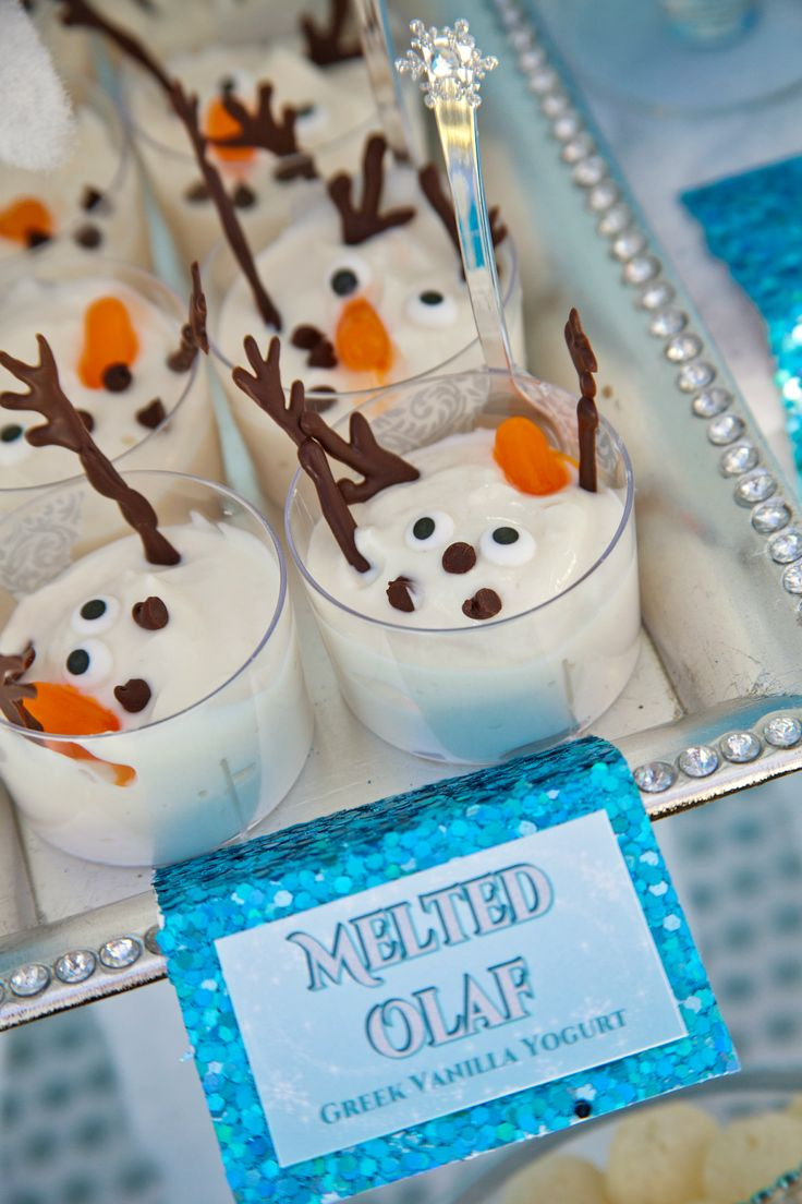 'Melting Olaf' with Greek yogurt, and chocolate arms, eyes, and nose is a perfect, fun and cute way to incorporate your 'Frozen' theme into your party!