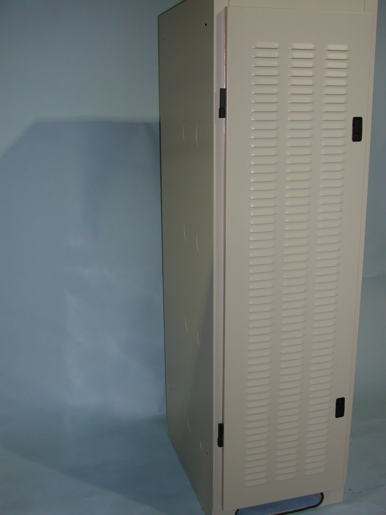 Shielded Enclosures Shielded Racks RFI Cabinets RFI Racks Hopewell Precision Hopewell Junction NY DSCN1453.JPG