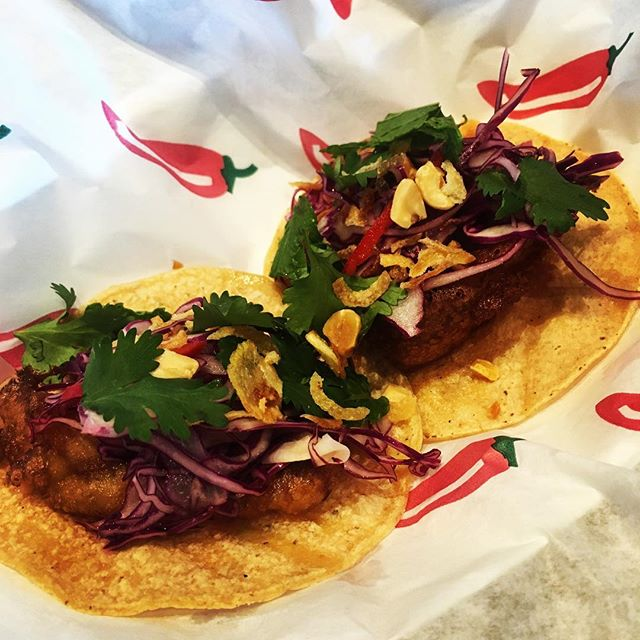 Harmonic beer batter fish taco w Goi Bap Cai. Only here at @harmonicbrewing. Come get it! . . . #tacobeermageddon #fishtacos #fridayfishfry #sffoodie #sf #dogpatch