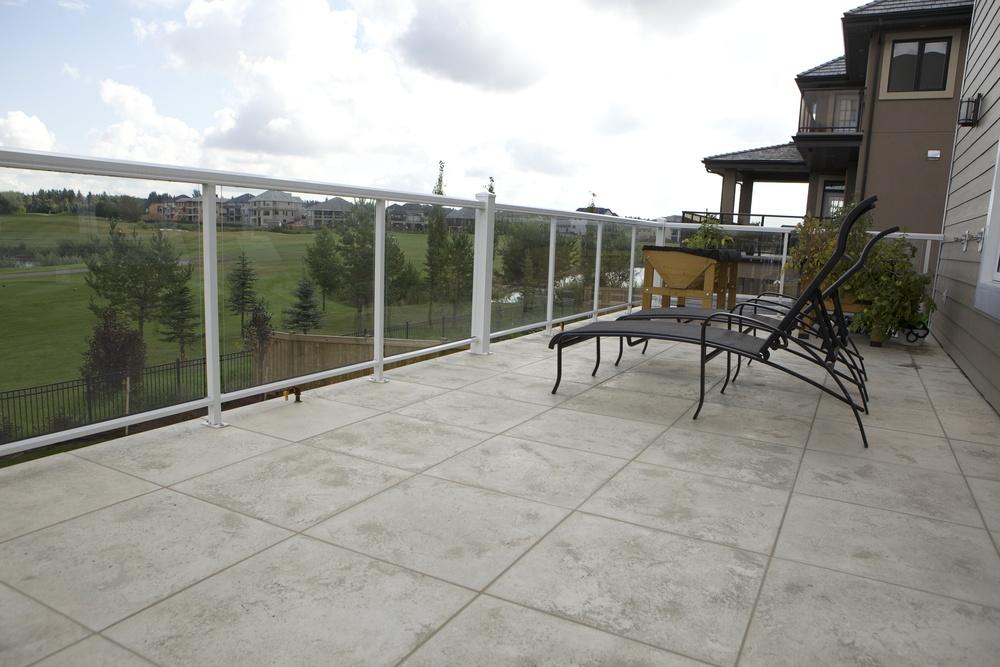 balconease1.jpg