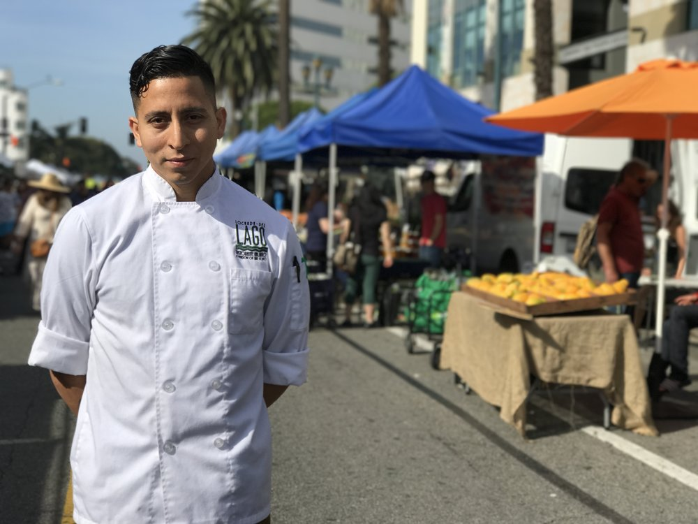 Chef George shopping at the Santa Monica Farmers' Market!