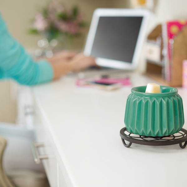Venetian Green Scentsy Element Warmer