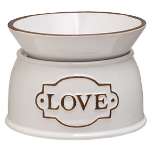 LOVE-SCENTSY-WARMER.JPG