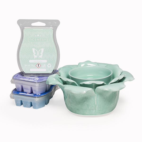 SCENTSY SYSTEM £39 WARMER