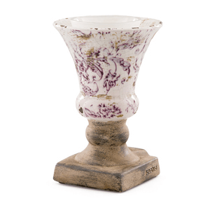 Inspired by a statuesque Grecian goblet — complete with antiqued, weathered detailing — Claret proves a little drama goes a long way.