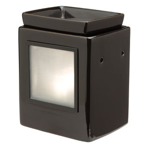 A modern twist on our Gallery Warmer, the Cube Ebony Gallery Scentsy Warmer's minimalist design and satiny finish keep the focus on your collection of Gallery Frames.