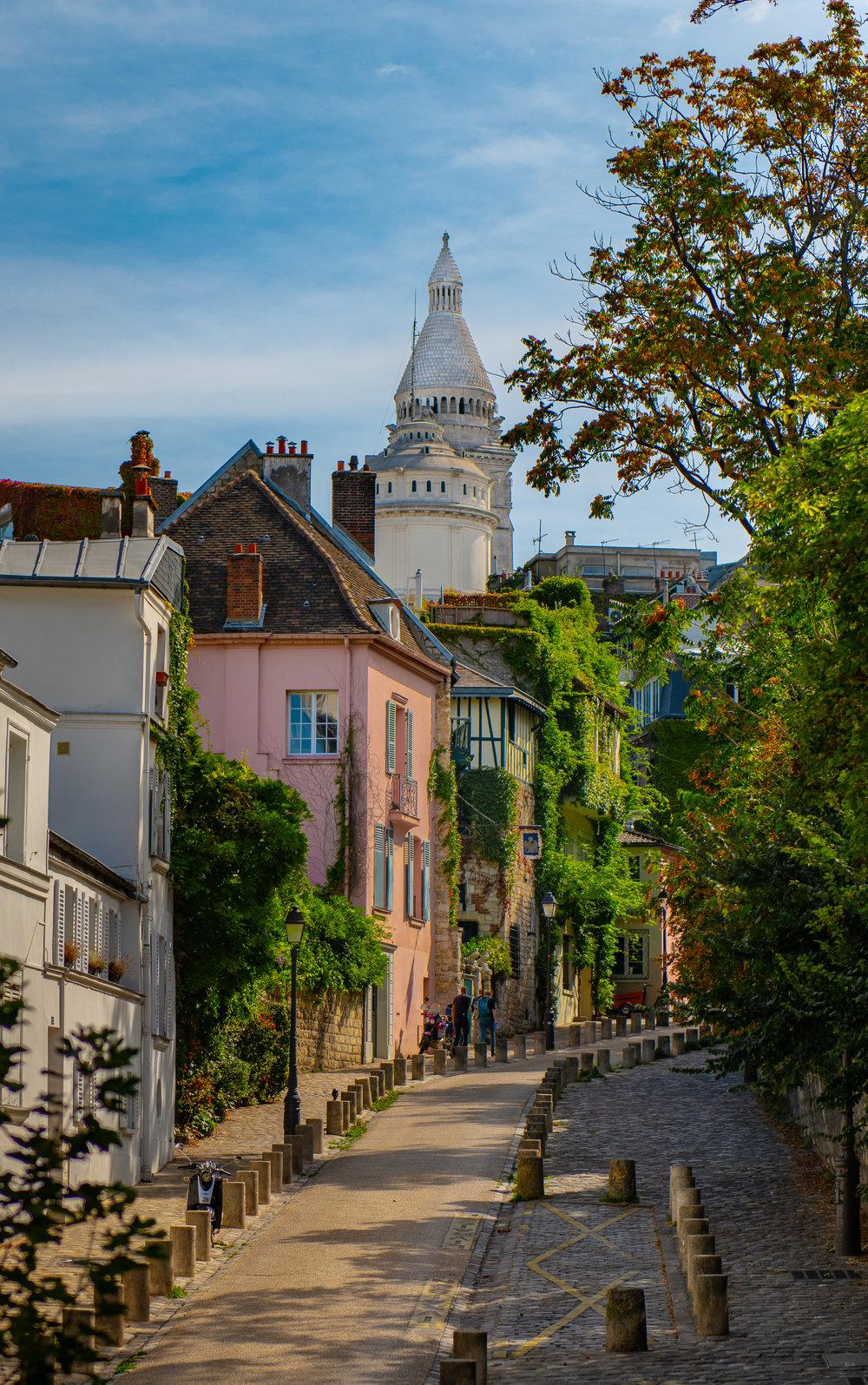 Montmartre 2 Cropped.jpg