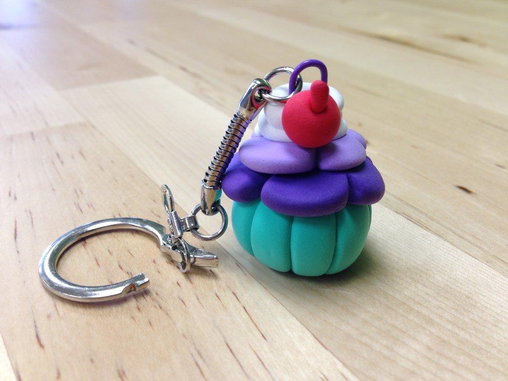 cupcake keychain.JPG