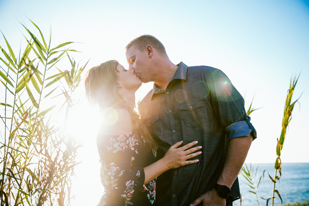 DANYELLE_&_ERIC_ENGAGEMENT_SESSION_SUNSET_CLIFFS_LEAF_WEDDING_PHOTOGRAPHY_2015IMG_2455.JPG