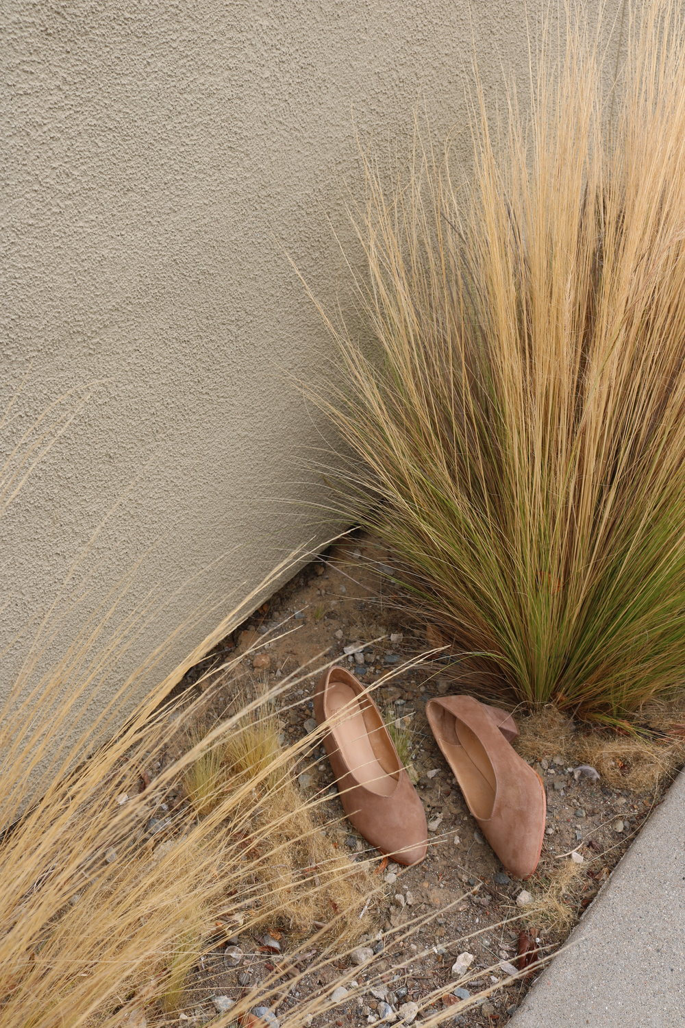 The Belu Pump in Sand Suede