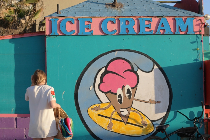 Big Kahuna's Ice Cream - 711 Oliver St San Diego, CA 92109