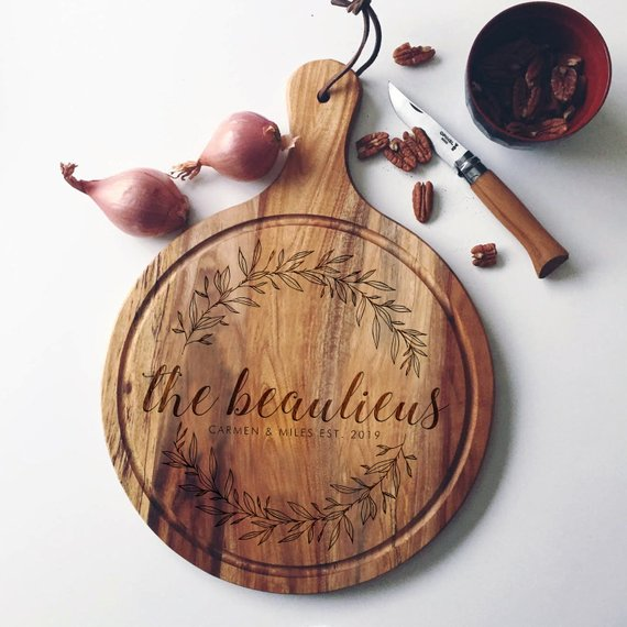 Personalized Acacia Cutting Board with Wreath Design by WoodBeMine