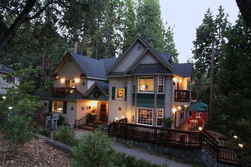 McCaffrey House Bed and Breakfast Inn -