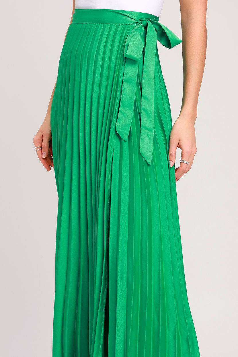MAKE A SCENE GREEN PLEATED SATIN MAXI WRAP SKIRT By Lulus
